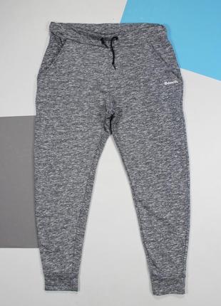 Женские трикотажные спортивные штаны / джоггеры в текстуру от bench
