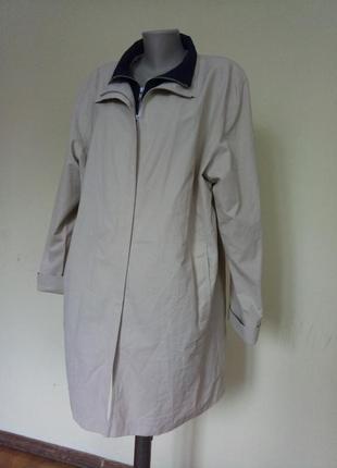 Классная большая куртка ветровка 64 размер
