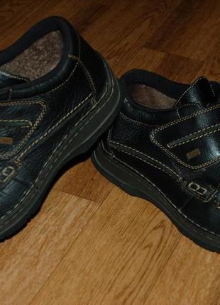 Кожаные ботинки на мембране на цигейке 42 р rieker tex отличное состояние