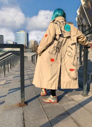 Оригинал тренч burberry бежевый песочный винтажный разрисованный кастомизированный