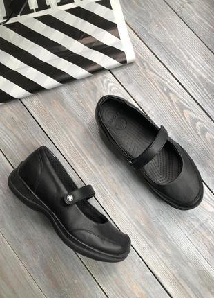 Crocs кожаные туфли на платформе, балетки