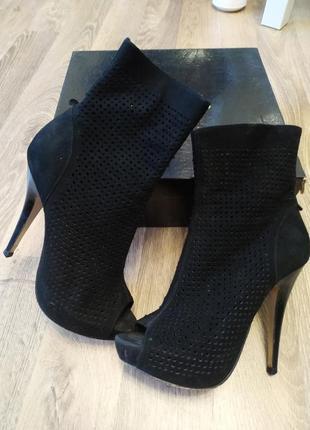 Ботильоны,осенние ботинки,38
