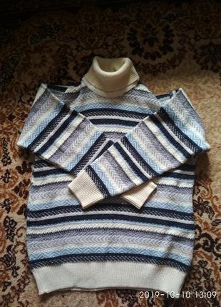 Зимовий светр, в'язаний