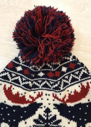 Огромный выбор красивых шапок и шарфов.4 фото