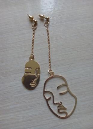 Оригинальні сережки контур лиця асиметрія