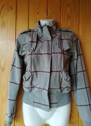 Куртка 46%шерсть