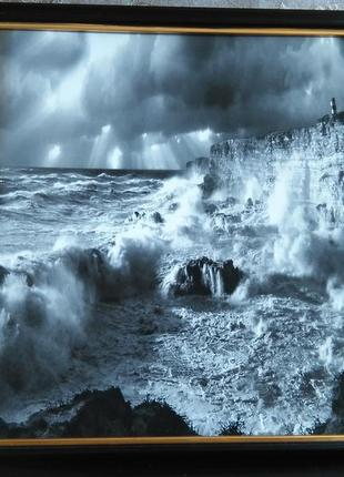 """Потрясающая фотокартина """"шторм на рассвете"""""""
