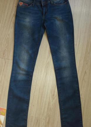Симпатичные прямые джинсы madoc