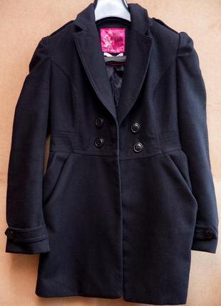 Отличное женское пальто