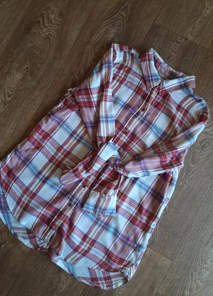 Теплая рубашка в клетку с интересной спинкой
