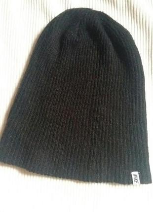 Спортивная шапка, оригинал.