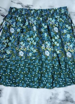 Мини-юбка в цветочек