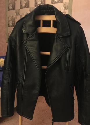 Кожанная куртка clockhouse