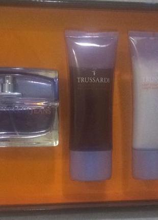 Trussardi jeans женский парфюмированный набор