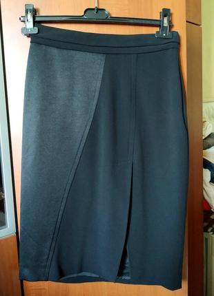 Элегантная черная юбка max mara оригинал с атласной вставкой