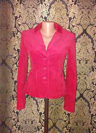 Красный элегантный пиджак размер s и много брендовых вещей