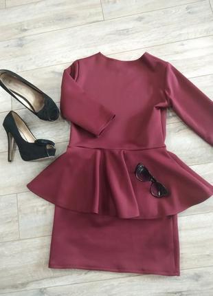 Платье бордо