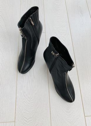 Ботинки полуботинки кожаные черные женские