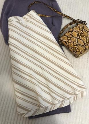 Крута юбка миди от h&m