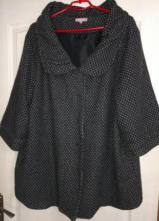 Элегантное пальто, большой размер.