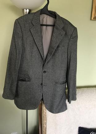 Твидовый шерстяной пиджак