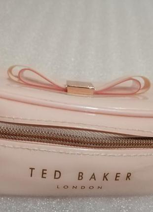 Классная косметичка ted baker london !!!