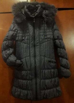 Удлиненная зимняя курткс