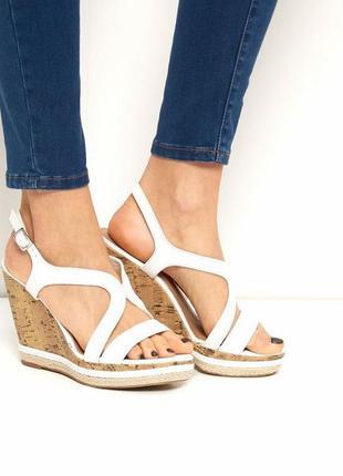 New look сандали босоножки на танкетке платформе