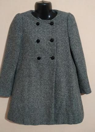 Очаровательное полушерстяное пальто.