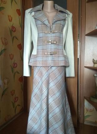 Оригинальнейший осенне- зимний костюм от украинского дизайнера1 фото