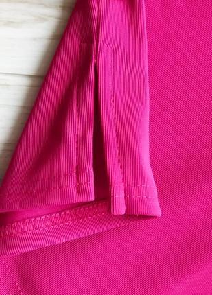 Яркое розовое платье по фигуре 🔥2 фото