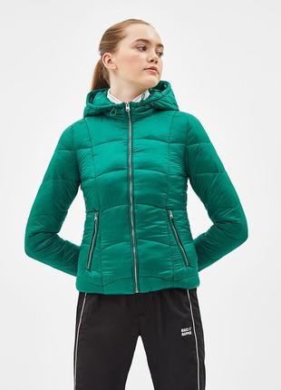 Новая теплая зеленая куртка bershka размер l1 фото