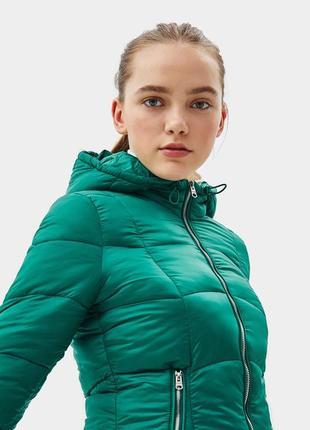 Новая теплая зеленая куртка bershka размер l4 фото
