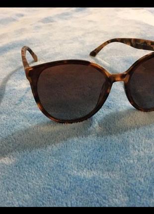 Солнцезащитные очки с поляризацией.1 фото