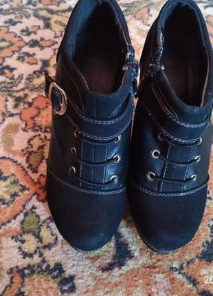 Ботинки 35р.4 фото