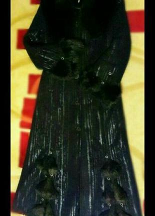 Дубленка длинная с капюшоном с пояском черная дубленка1 фото