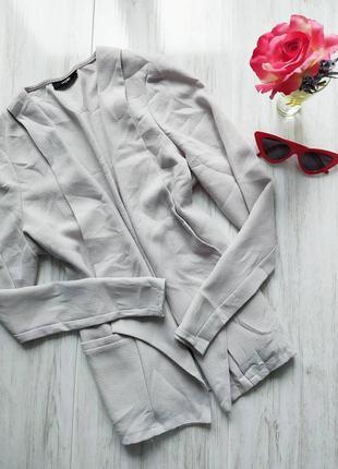 Классический светло-серый пиджак1 фото