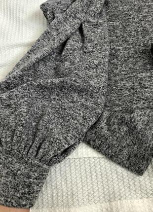 Шикарный актуальный свитер кофта с бусинками и объемными рукавами2 фото
