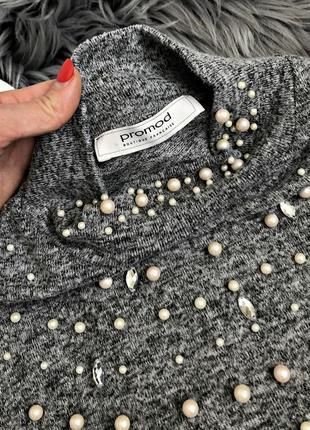 Шикарный актуальный свитер кофта с бусинками и объемными рукавами4 фото