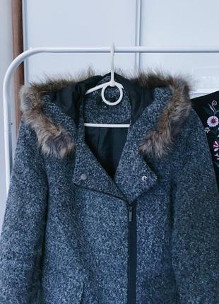 Пальто демисезонное2 фото