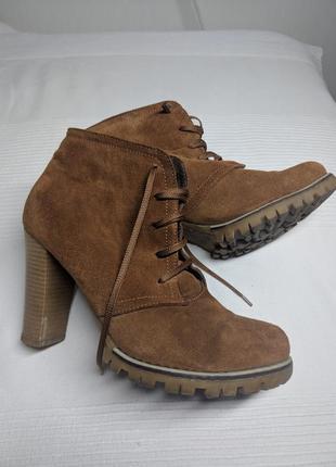 Ботинки замшевые10 фото