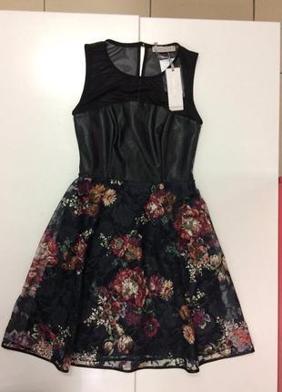 Эффектное платье итальянского бренда rinascimento (52)1 фото