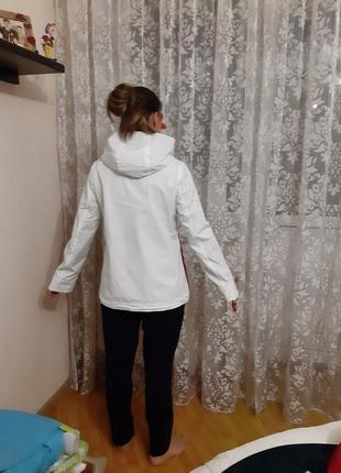 Курточка tommy hilfiger3 фото