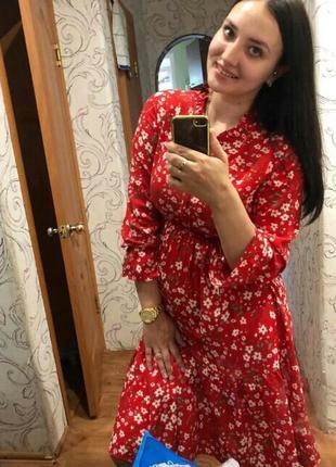 Красное осеннее миди платье в цветы червона сукня міді плаття осіннє в квіти5 фото