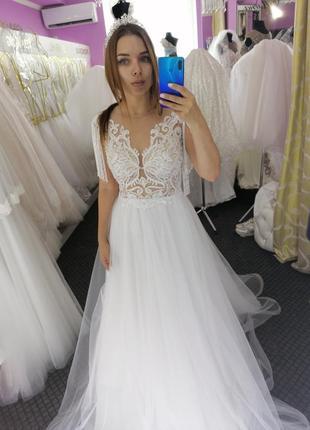Прекрасное свадебное платье!