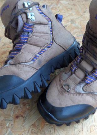 Фирменные ботинки salomon clima-dry размер 40-длина стельки-26 см