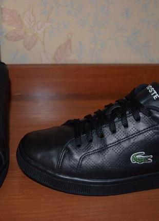 Кожаные фирменные кроссовки/кеды