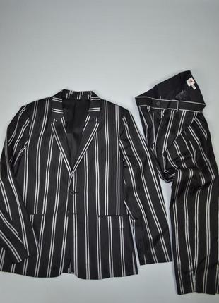 Классический черный костюм в белую полоску h&m studio ss17