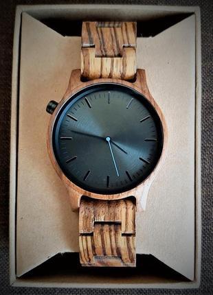 Оригинальные и стильные часы