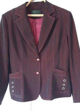 Пиджак  на стройную девушку р.42